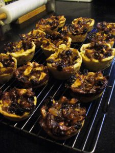 Apple Tarts with nuts and raisins