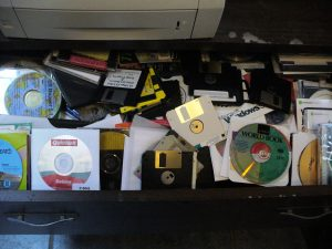 I must have had 1000 disks tossed into this drawer.